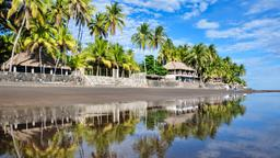 Find cheap flights from Montreal to El Salvador