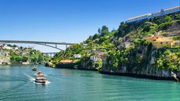 Find cheap flights from Toronto to Porto