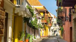 Find cheap flights from Kelowna to Cartagena