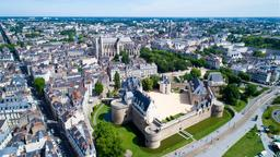Find cheap flights from Montreal to Nantes