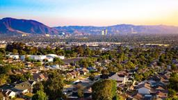 Find cheap flights from Victoria to Burbank
