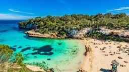 Find cheap flights from Québec City to Balearic Islands