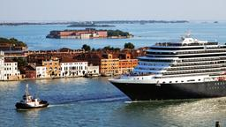Find cheap flights from Edmonton to Venice