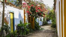 Paraty hotels near First Church of Our Lady of Remedies