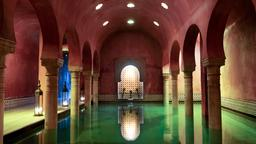Granada hotels near Arab Baths