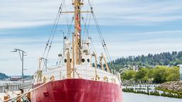 Portland hotels near Oregon Maritime Museum