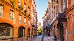 Find cheap flights to Toulouse