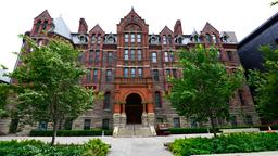 Toronto hotels near Royal Conservatory of Music