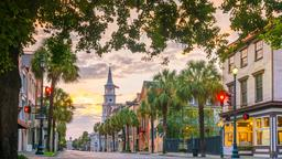 Find cheap flights from Comox to Charleston