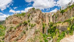 Ronda hotels near El Tajo Gorge