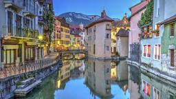 Find cheap flights to Annecy